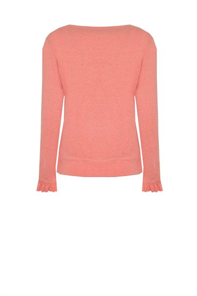 148610 sweater borduur ruffe