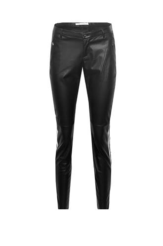 803110 fake leather broek bies