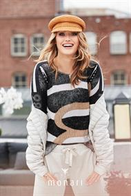 803862 pullover used look