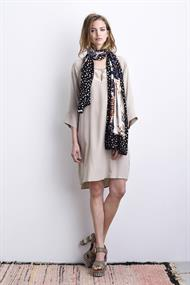 8s574-10579 patchwork shawl