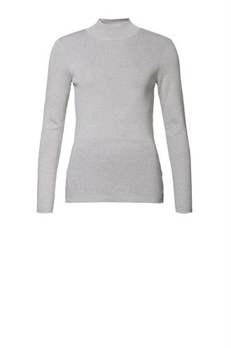 94521-10 turtleneck pullover