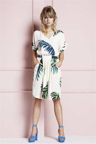 Daisy dress tropical leaf