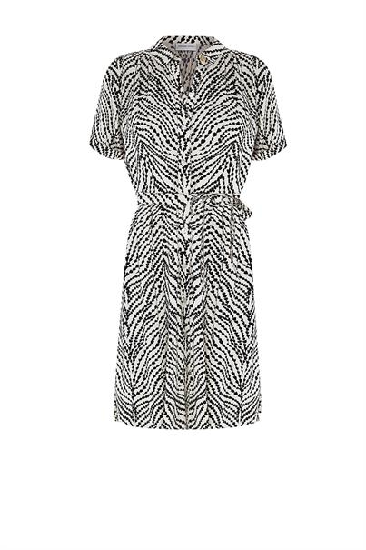 Fabienne Chapot boyfriend dress heart lines