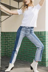 Florez floor straight jeans