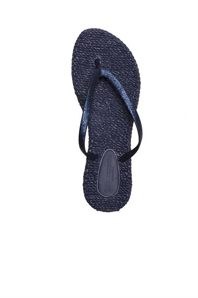 Ilse Jacobsen cheerful01-a.620 flipflops