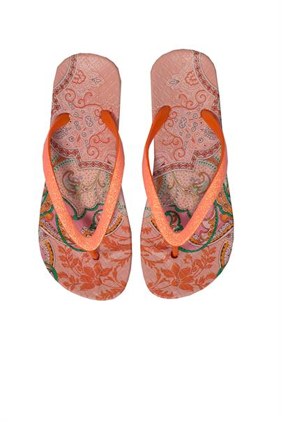 Ilse Jacobsen cheerful03ley flipflops