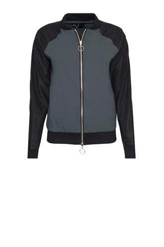 Jane Lushka U117aw901 travel bomber