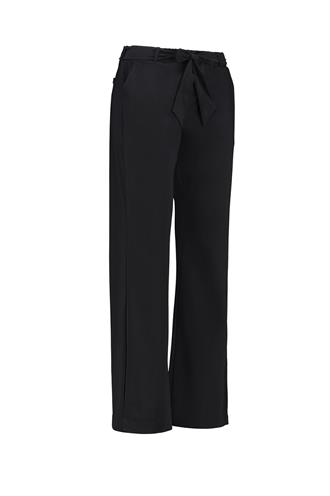 Marilyn trouser travel
