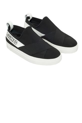 S19j001 neoprene sneakers