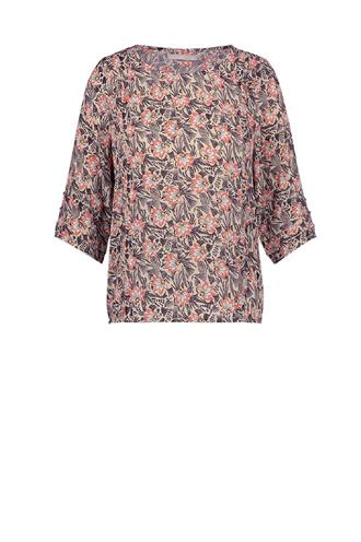 Suza top flowers