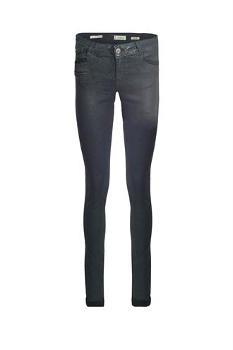 Zhrill Mia.w999 d317603 coated jeans